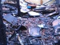 Teljesen leégett egy monori családi ház felső szintje -