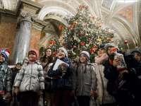 Csaknem 1500 hátrányos helyzetű gyerek láthatta az Operaház Kiskarácsony című előadását